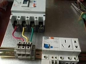 防爆配电箱接线图解