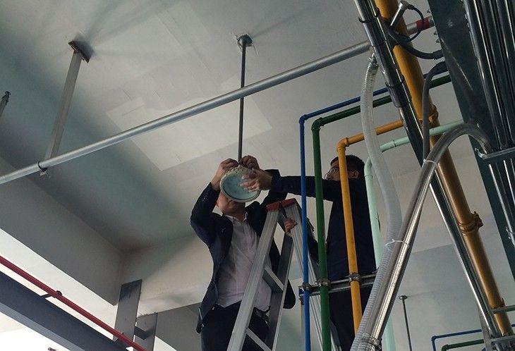 防爆灯吊顶式安装